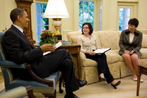 Stephanie Valencia, center, meets with President Barack Obama and Senior Advisor Valerie Jarrett in the Oval Office , May 18, 2010.