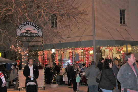 About 4,500 people attended Alamogordo MainStreet's Olde Fashioned Christmas on Saturday.
