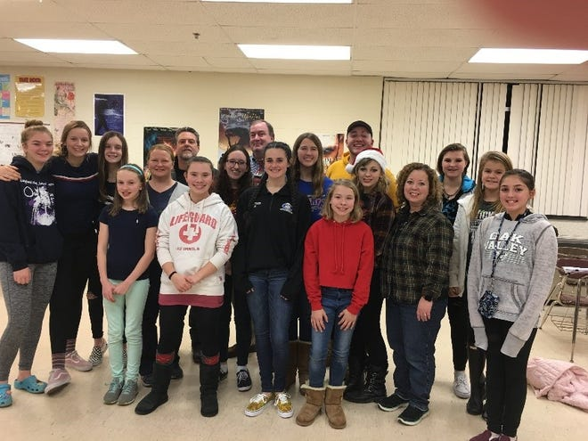 The Huron Valley Community Theater cast of Holly Jolly Holiday: Songs of the Season.
