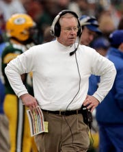 Jim Bates was the Packers defensive coordinator in 2005.