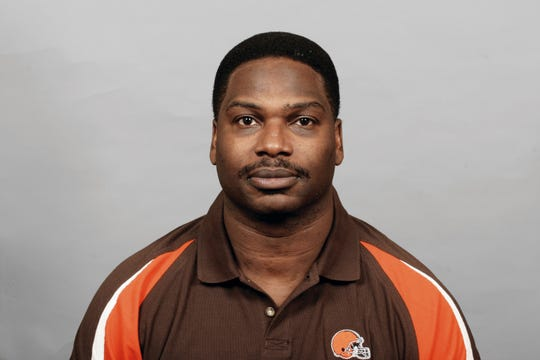 Maurice Carthon was offensive coordinator for the Browns when he interviewed for the Packers job in 2006.