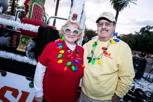 Aps Electric Light Parade In Central Phoenix 12 1 18 Photo By Melissa Fossum For Azcentral