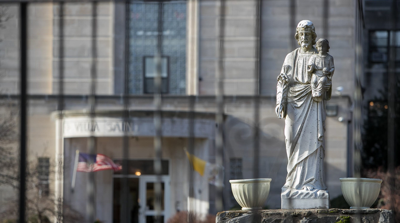 Pennsylvania priest abuse: More than 78 predators paid by