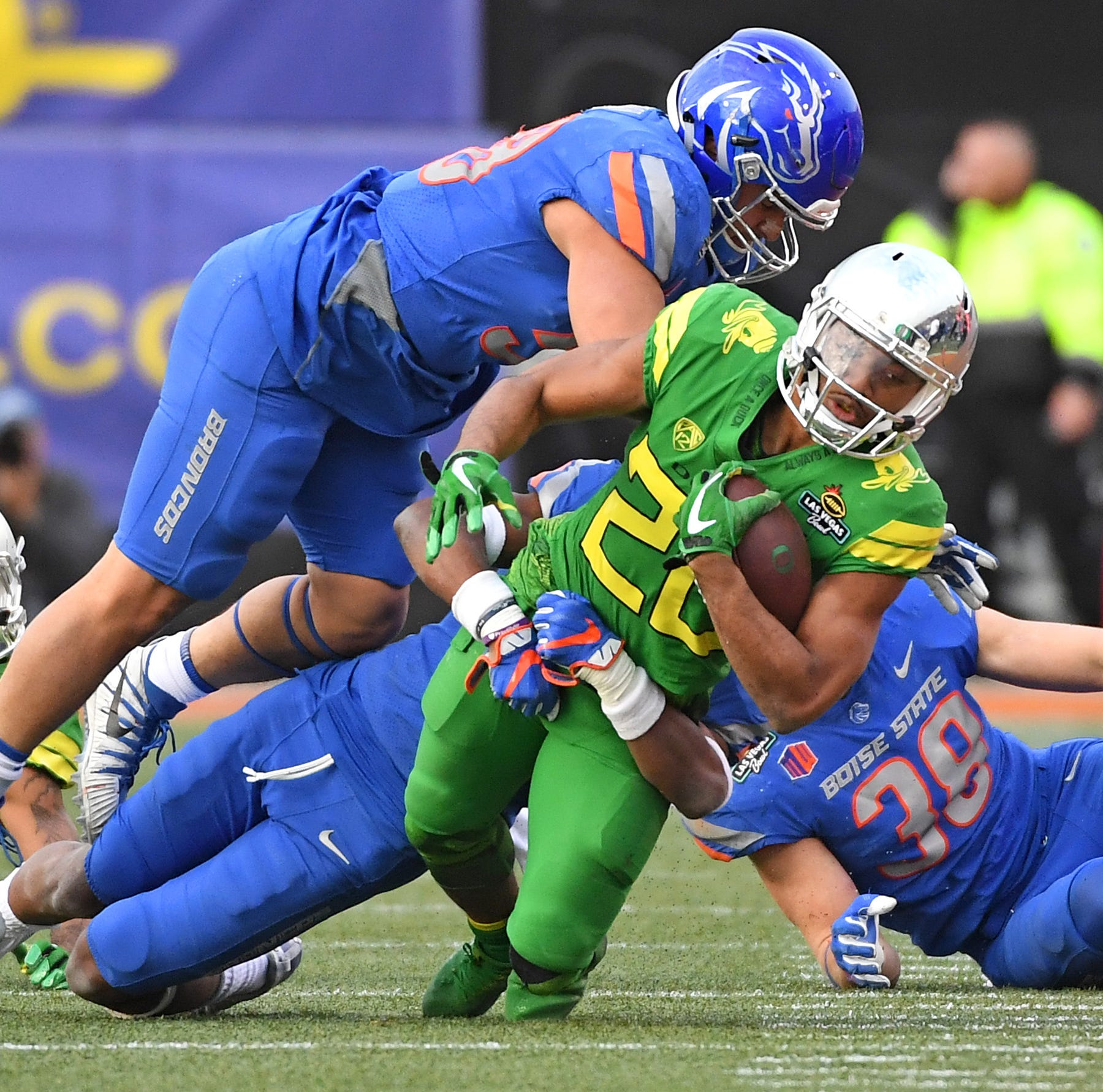 Pac-12 bowl outlook: From abysmal to respectable?