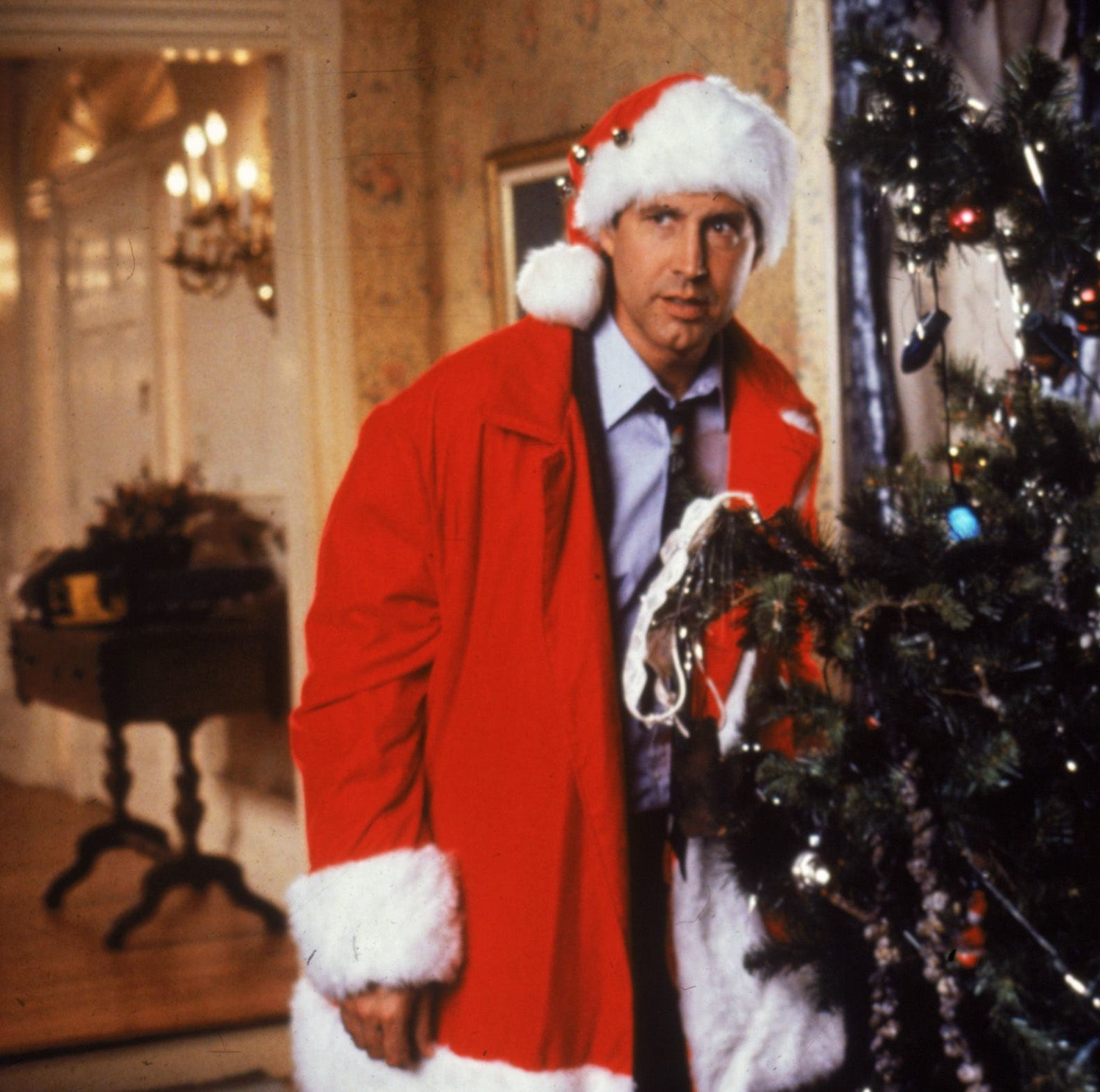 From 'It's A Wonderful Life' to 'Die Hard': Journal staff picks favorite Christmas films