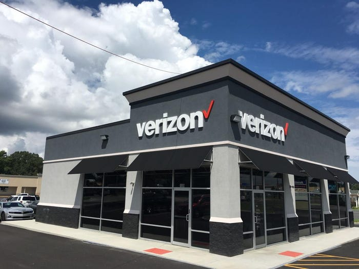 Verizon, AT&T and Comcast extend no late fee, termination policies through June 30