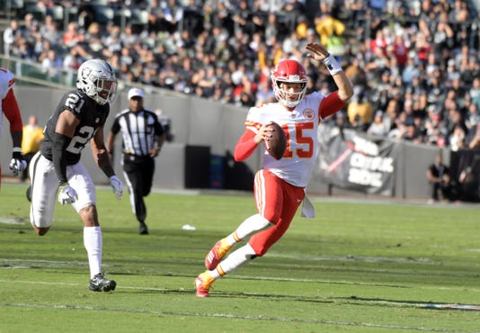 Usp Nfl Kansas City Chiefs At Oakland Raiders S Fbn Oak Kc Usa Ca