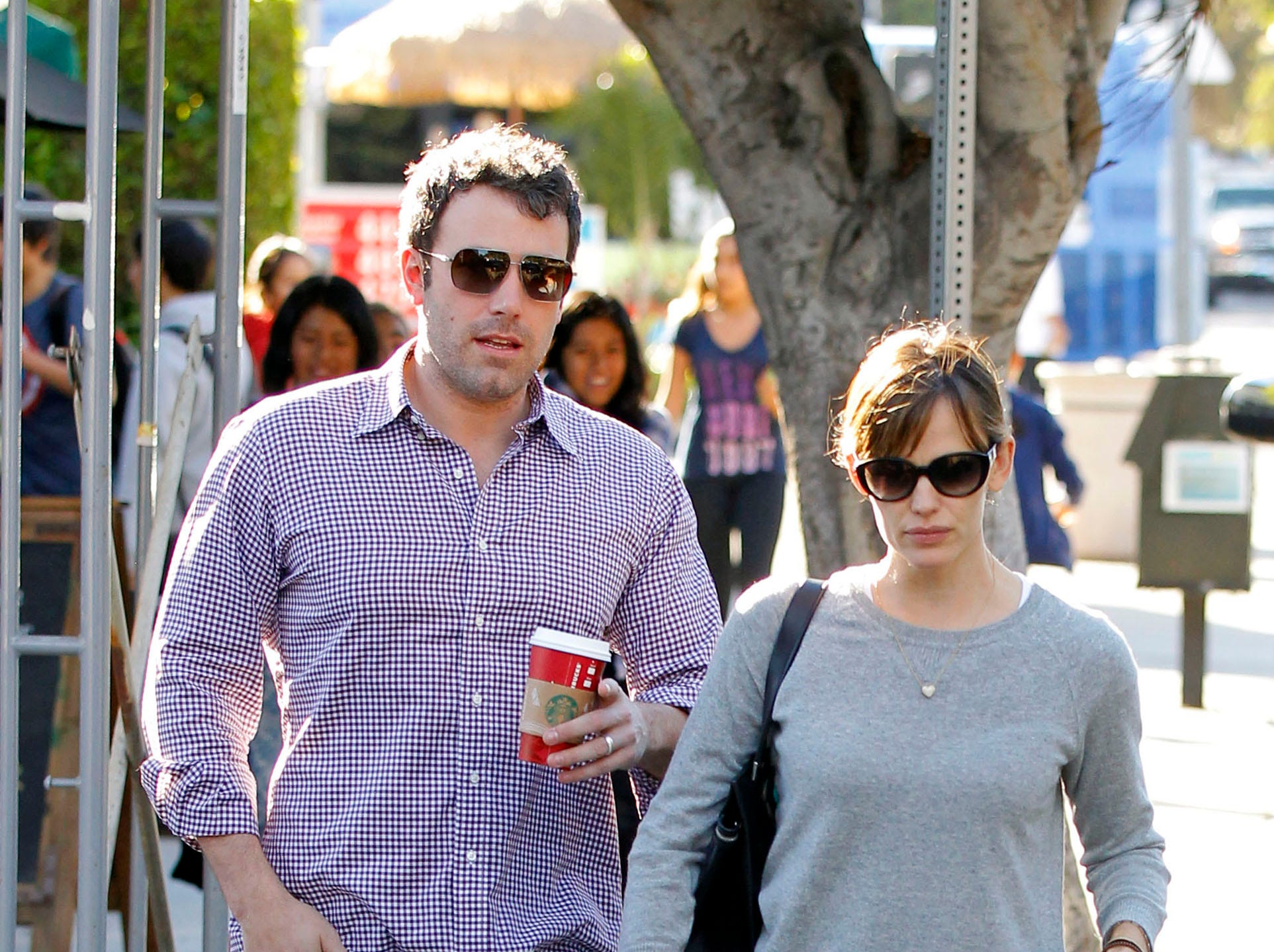 LOS ANGELES, CA - November 07: Ben Affleck and Jennifer Garner are seen on November 07, 2013 in Los Angeles, California.  (Photo by Bauer-Griffin/FilmMagic) ORG XMIT: 158817589 ORIG FILE ID: 187294383
