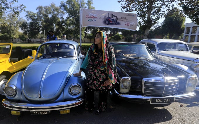 Cool Vintage And Classic Cars In Pakistan