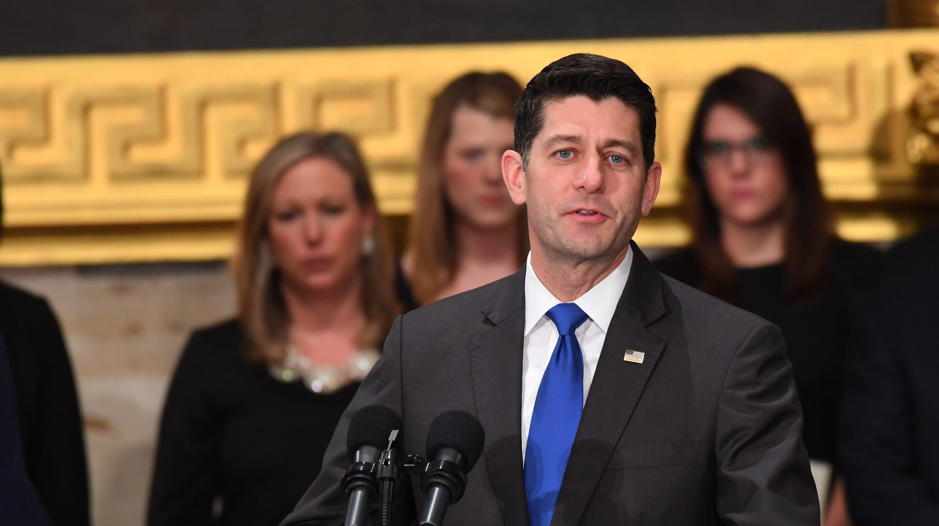Paul Ryan clarifies comments to say Trump, not Democrats, will win in 2020