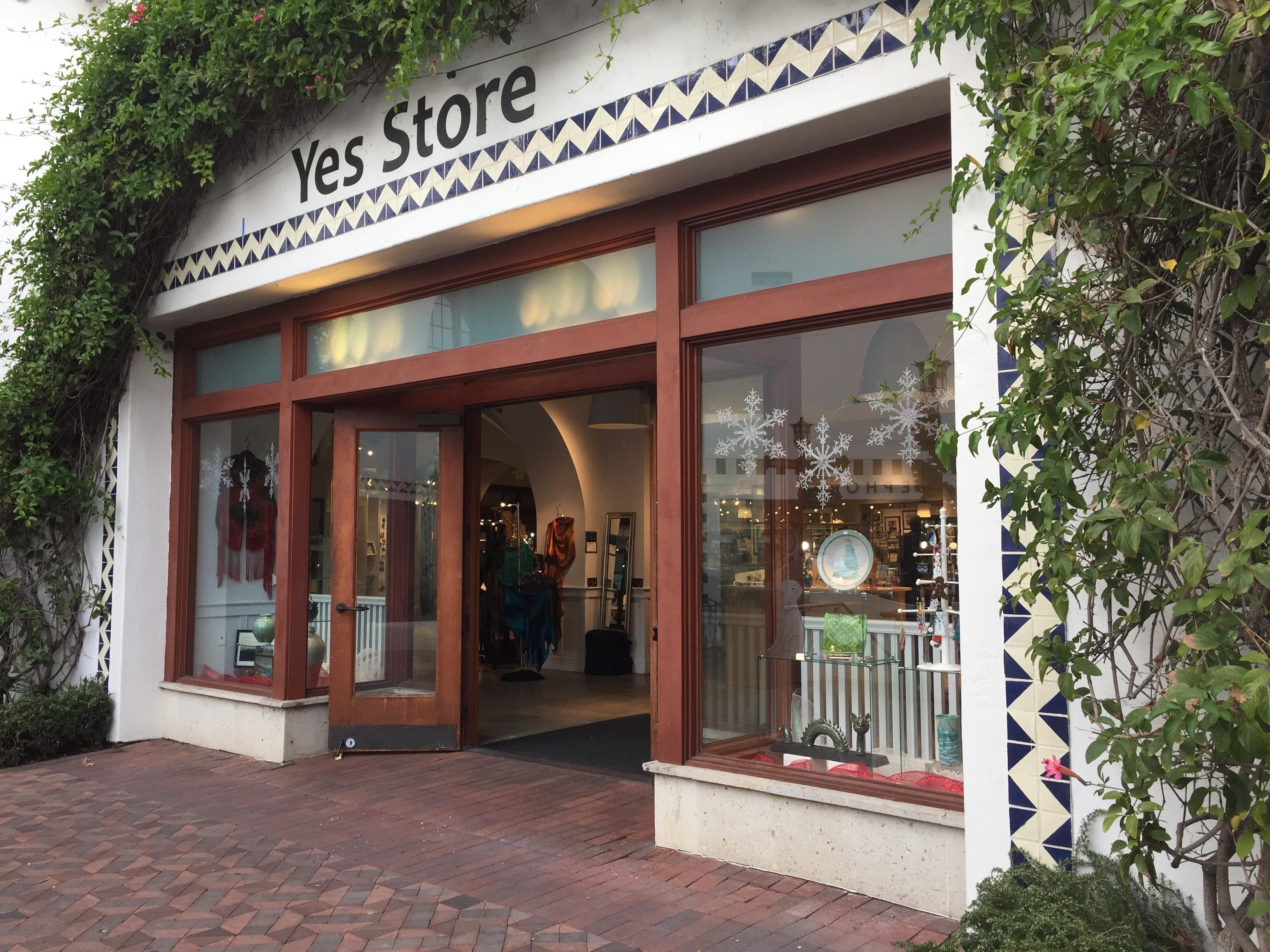 The Yes Store is one of the country's first craft pop-ups, setting up shop in downtown Santa Barbara, California, since 1968.