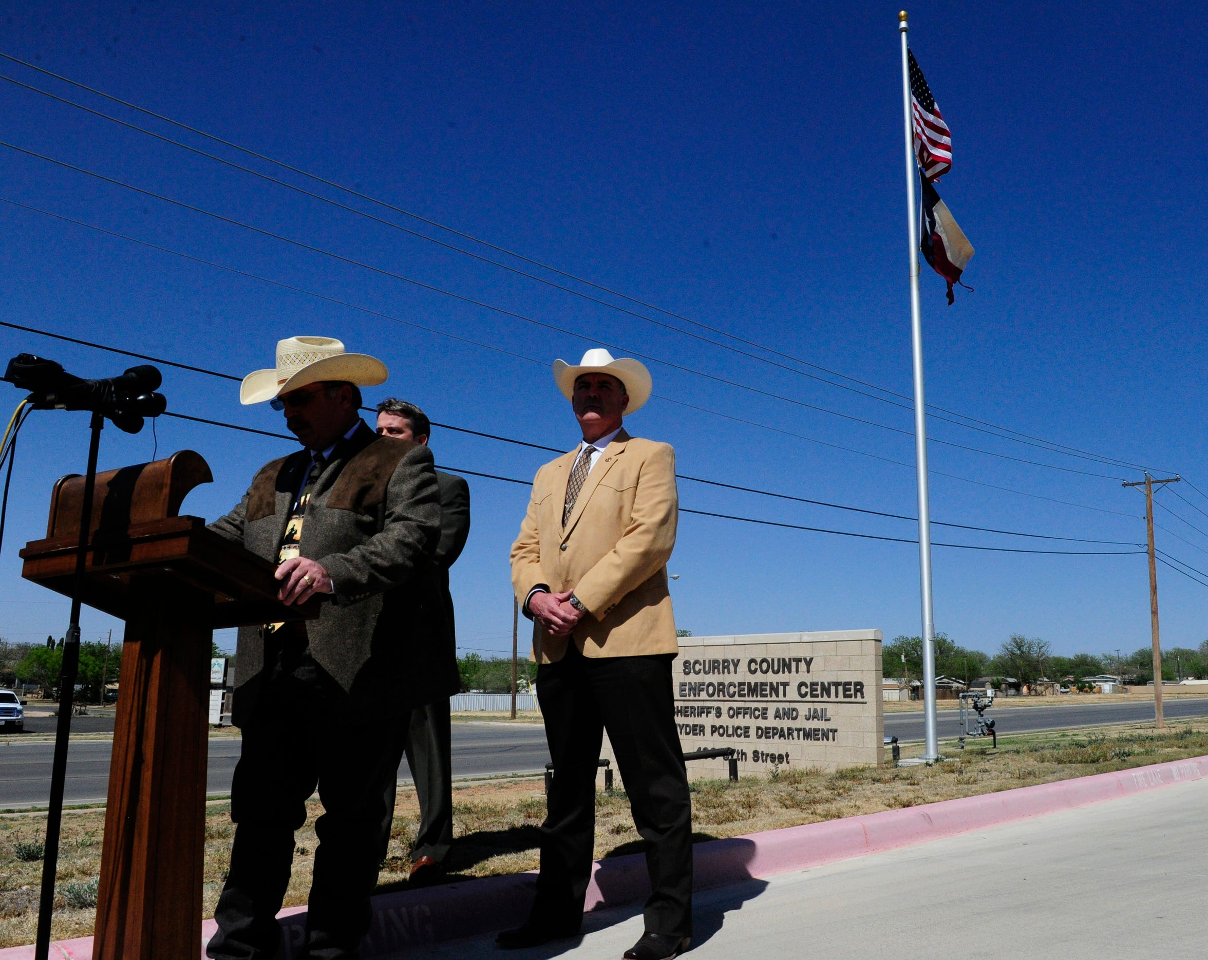 Scurry County Sheriff Trey Wilson, along with the Texas Department of Public Safety and the FBI, held a brief news conference in 2013 to announce that the remains found in Scurry County were those of missing teenager Hailey Dunn.