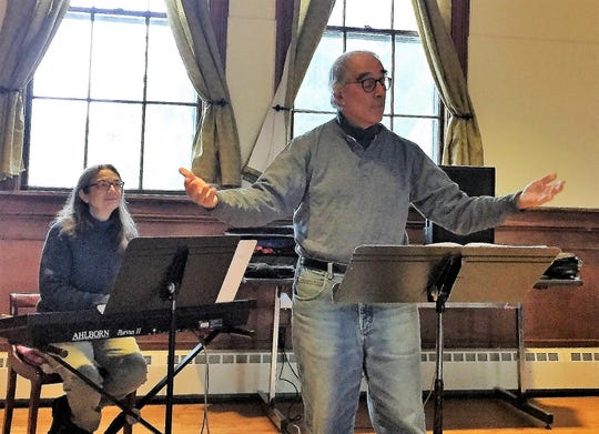 Larry Gordon directs the Onion River Chorus holiday concert Dec. 22-23 in Montpelier.