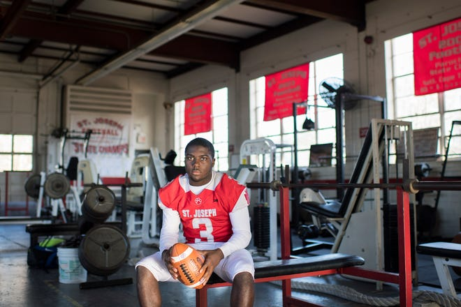 St. Joseph running back Jada Byers is the 2018 Offensive Player of the Year.