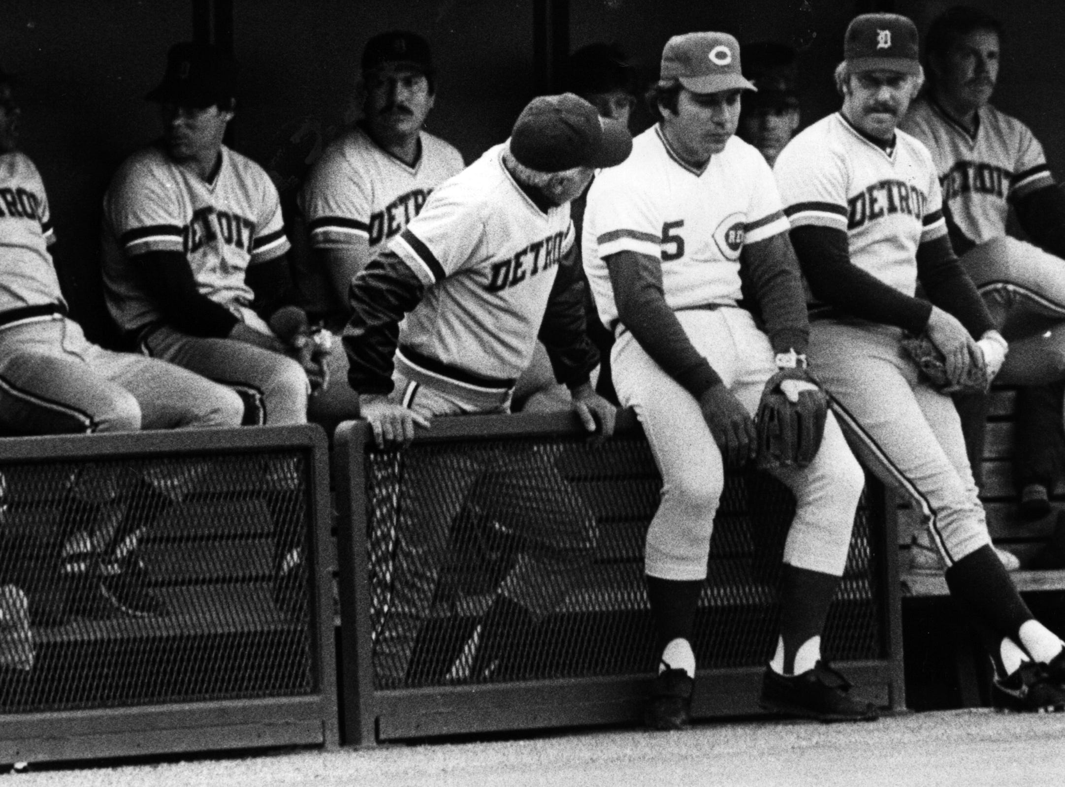 APRIL 26, 1983: Johnny Bench drops by the Detroit dugout Monday, 4/25/83, to visit with an old colleague, Sparky Anderson, in town for the Kid Glove Game. AP Photo/David Kohl scanned August 7, 2013