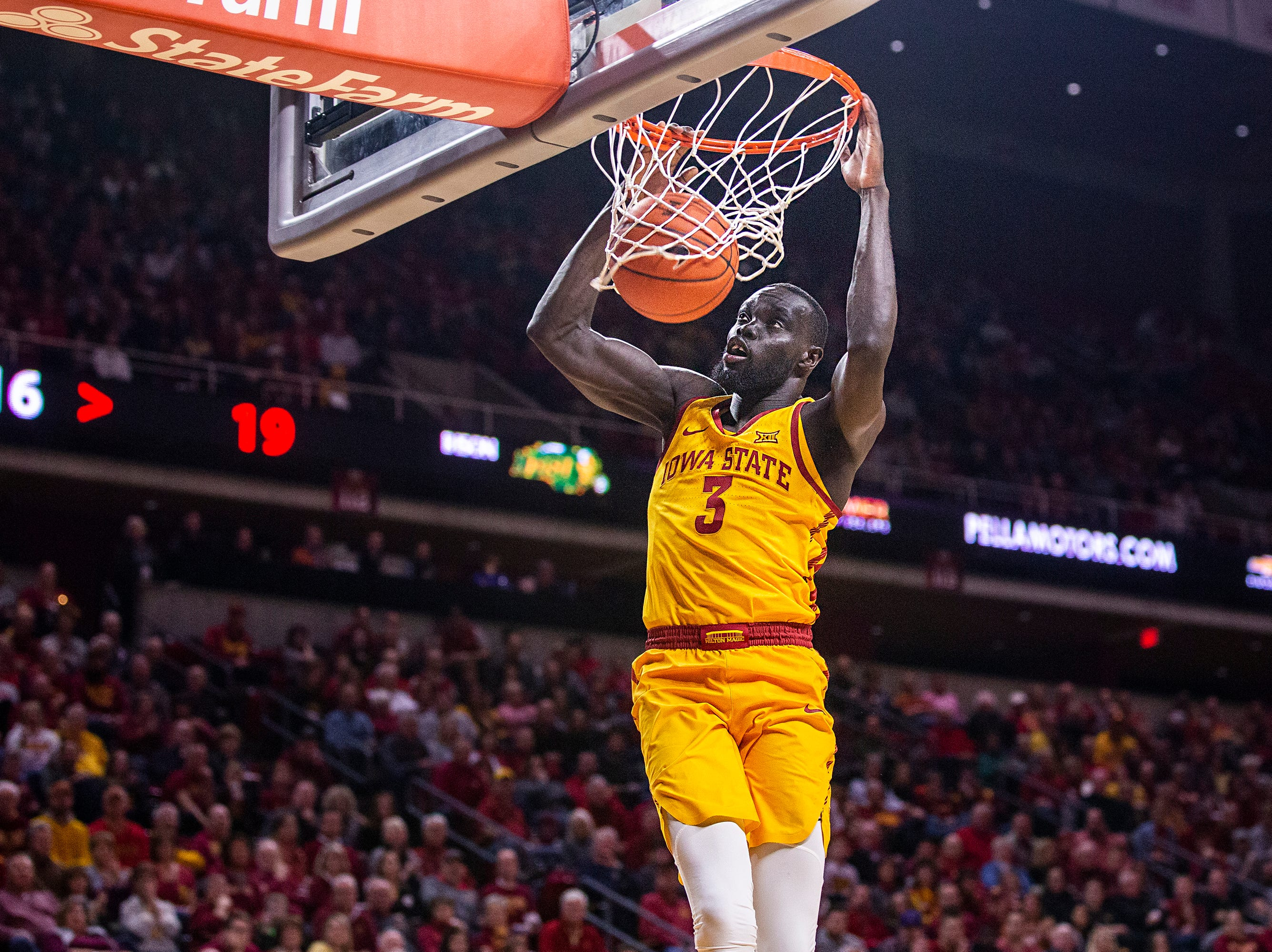 Iowa State's Marial Shayok dunks the ball during the Iowa State men's basketball game against North Dakota State University on Monday, Dec. 3, 2018, in Hilton Coliseum.