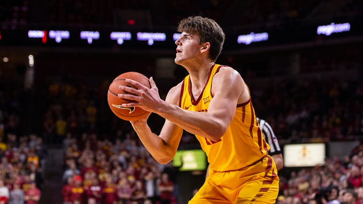 Iowa State warms up for Cy-Hawk game by beating North Dakota State