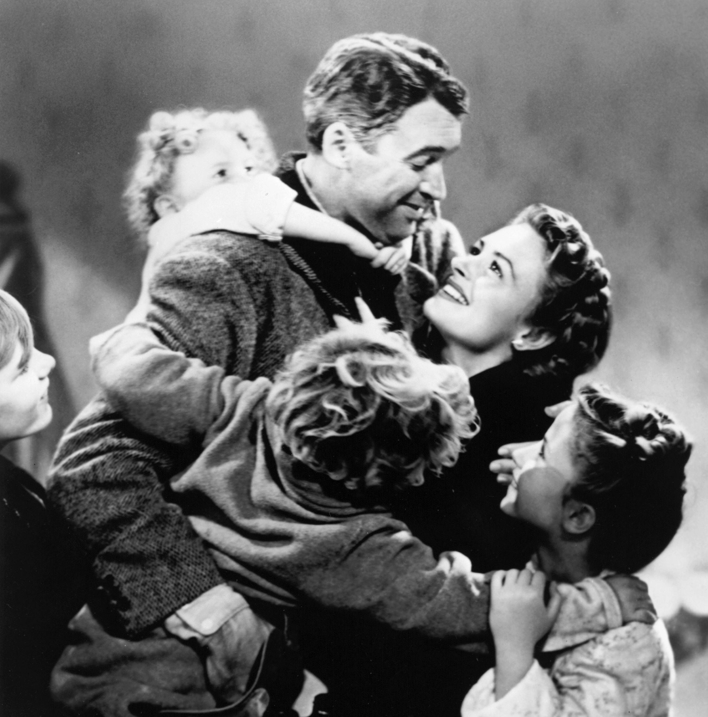 Denison, home of Donna Reed, to host screening of 'It's a Wonderful Life' with Spanish subtitles