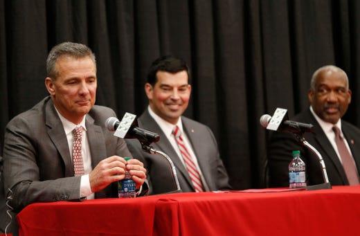 Michigan fans: Don't celebrate Urban Meyer's departure yet