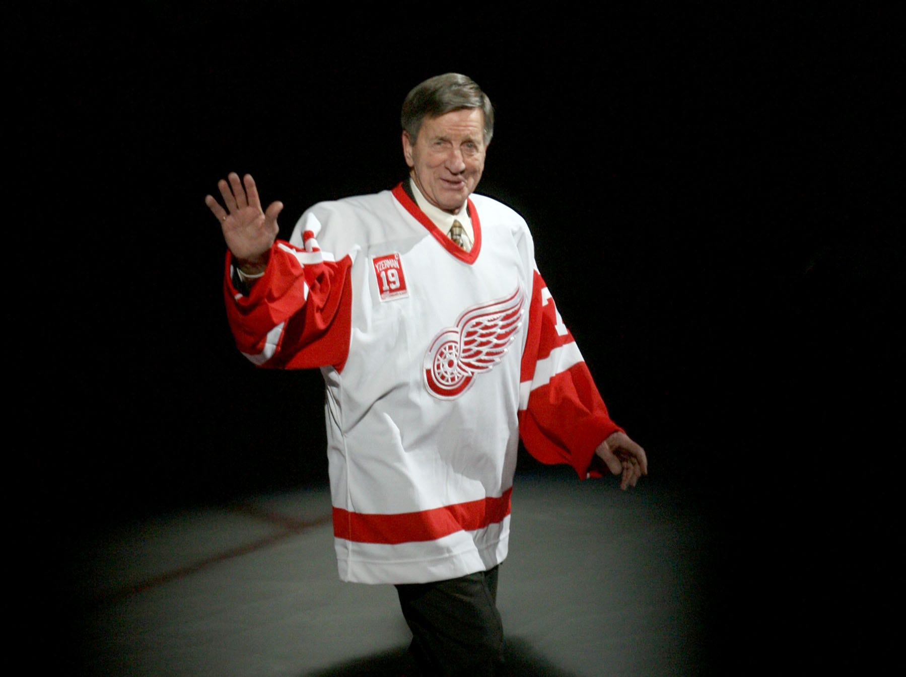 Detroit Red Wings legend donates $1M to Oakland University