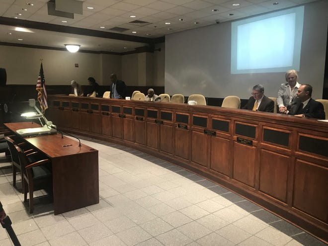 Jackson City Council moved on Tuesday to join the private-public partnership for JMCSS and fund the construction of a new Madison Academic High School.