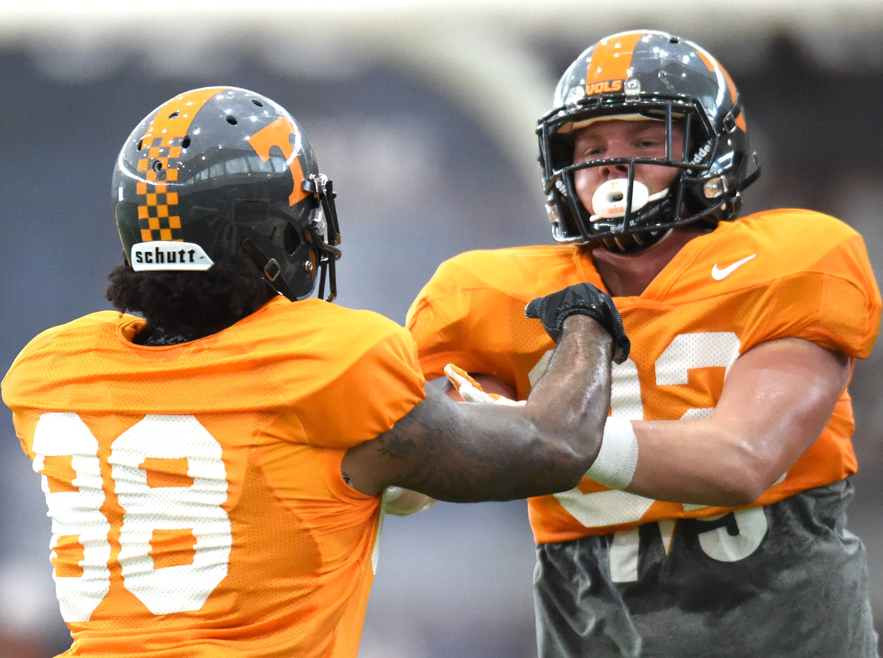 Tennessee tight end Neiko Creamer (88) and Tennessee tight end Ethan Wolf (82) practice blocking during spring practice at Anderson Training Center on Thursday, March 31, 2016.