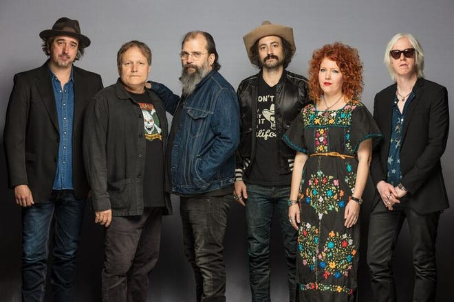 Steve Earle and his band, The Dukes