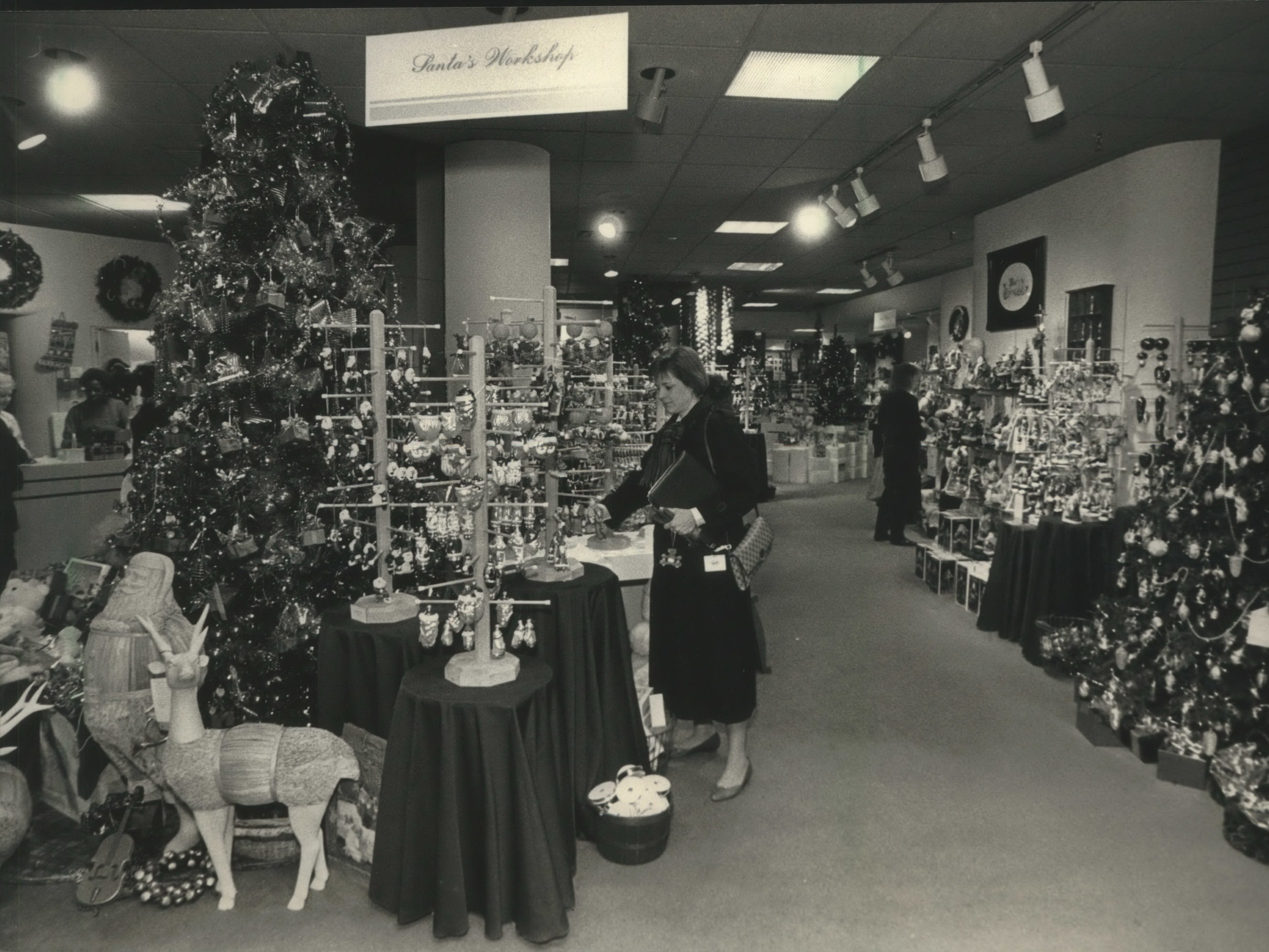 A shopper browsed at J. Callaway's in Grand Avenue