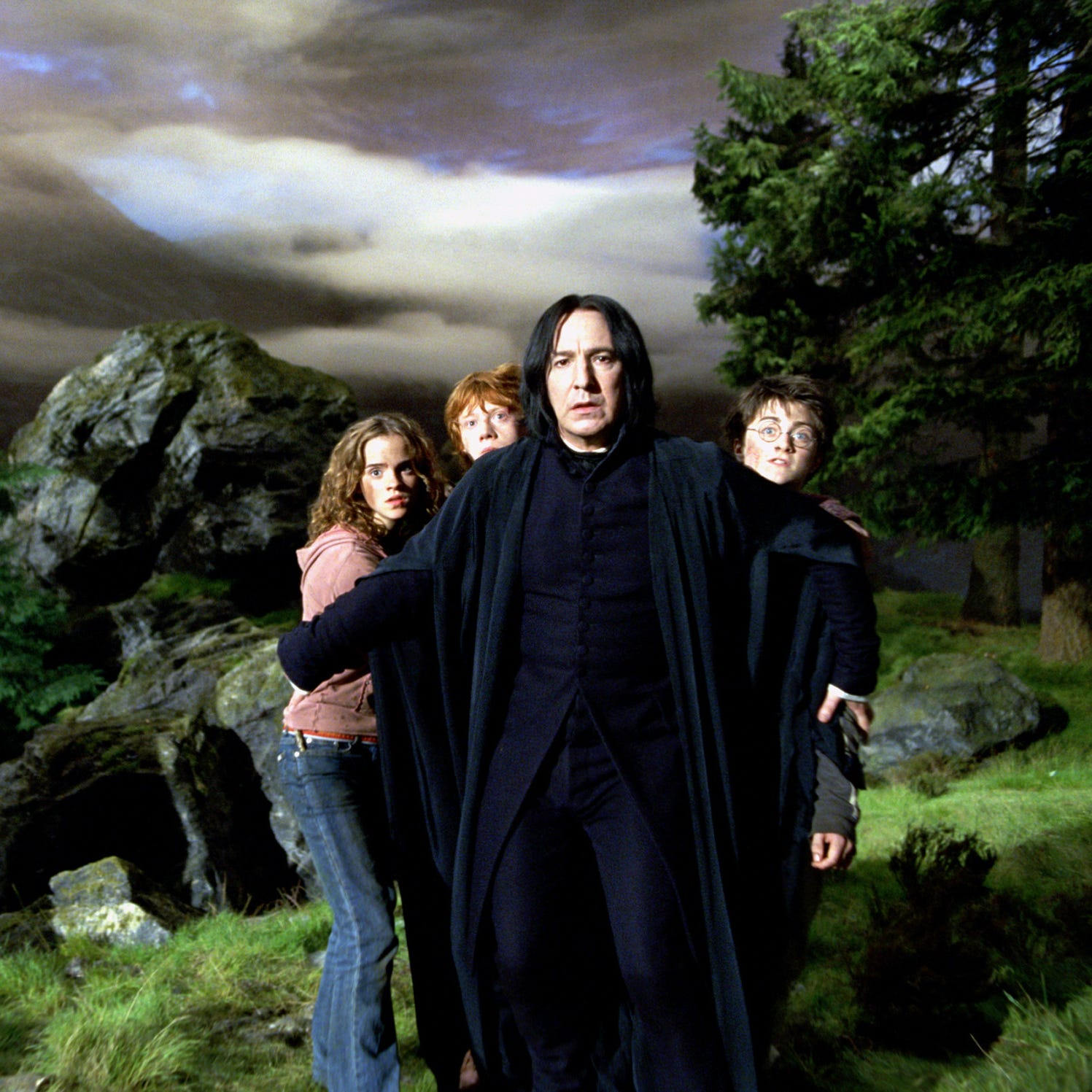 Yes, the Lyric is playing all 8 'Harry Potter' movies this summer