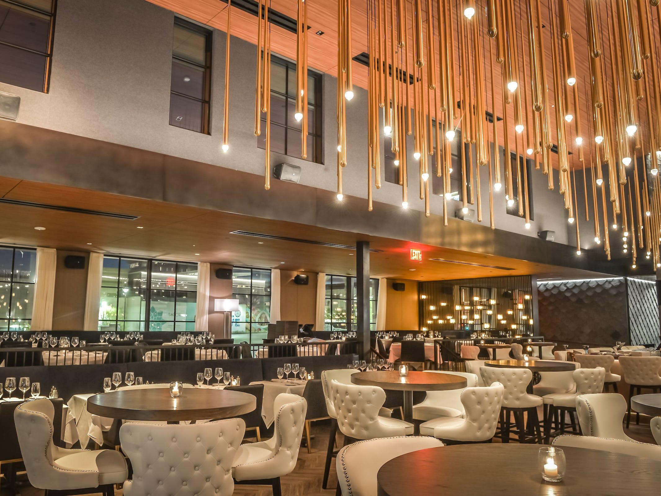 The dining room inside Ocean 44 in Scottsdale.