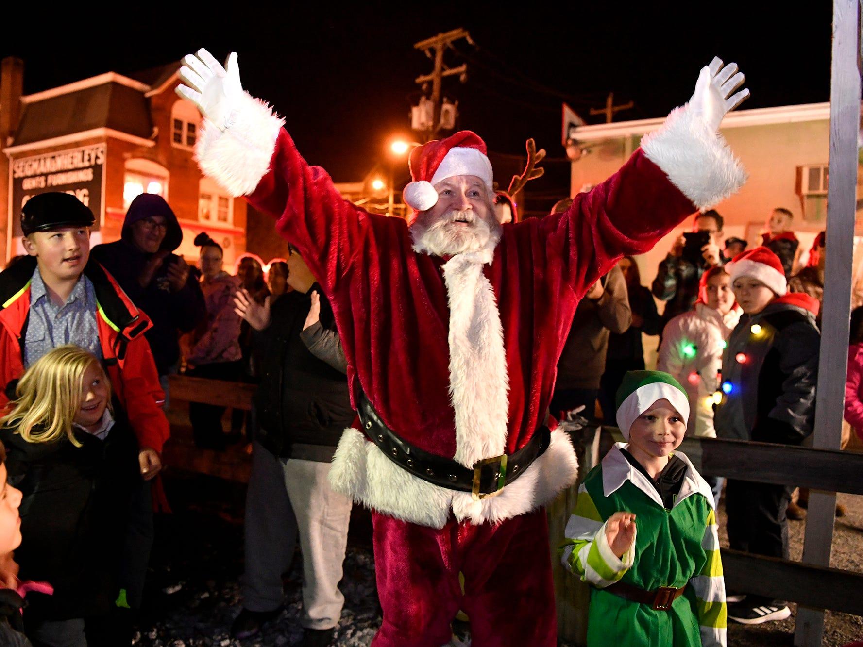 Santa arrives for the annual tree lighting in Glen Rock, Sunday, November 25, 2018. John A. Pavoncello photo