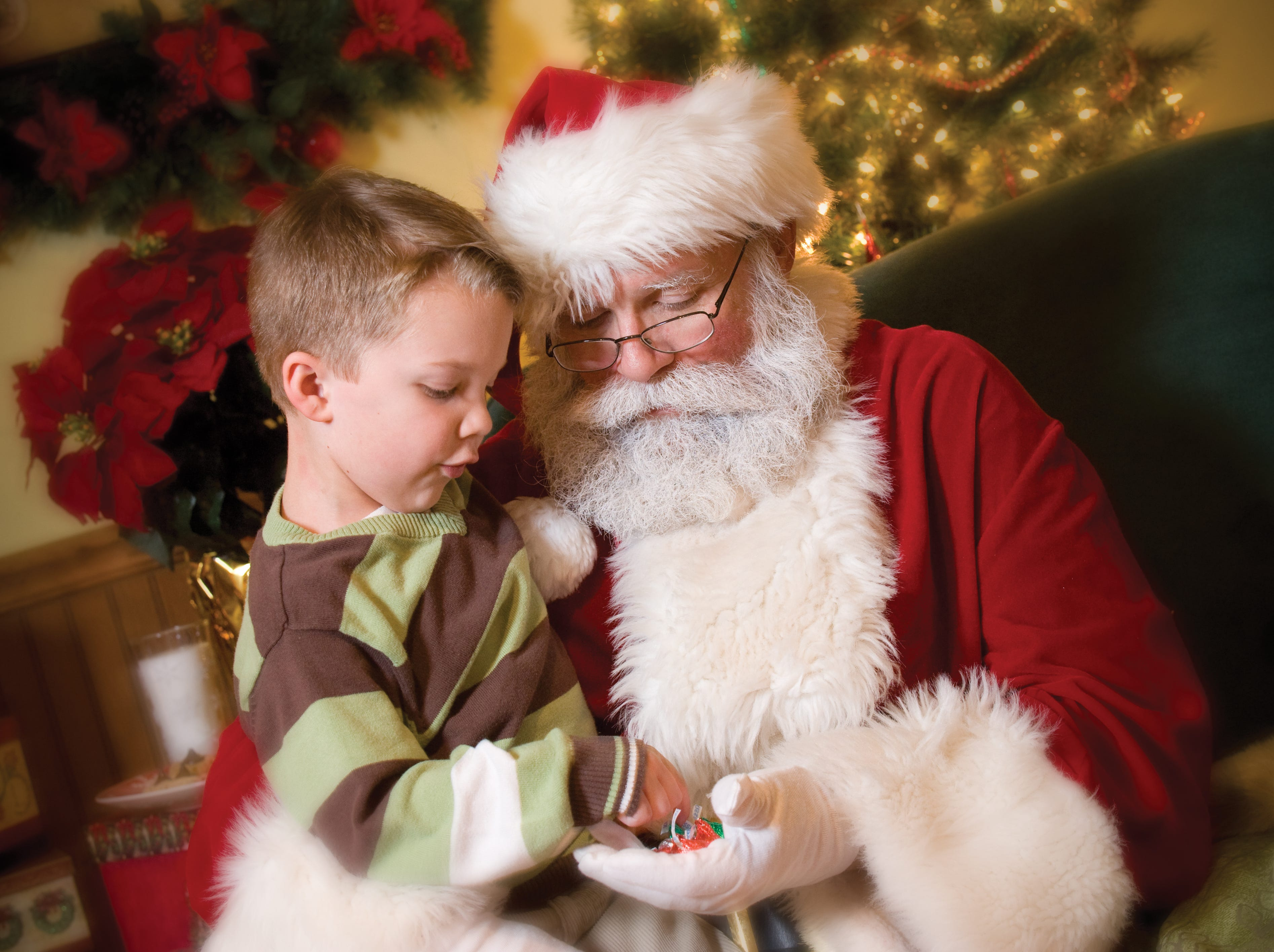 Kids can also have breakfast or lunch with Santa at Hersheypark Place.