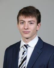 Adam Slavny, Victor