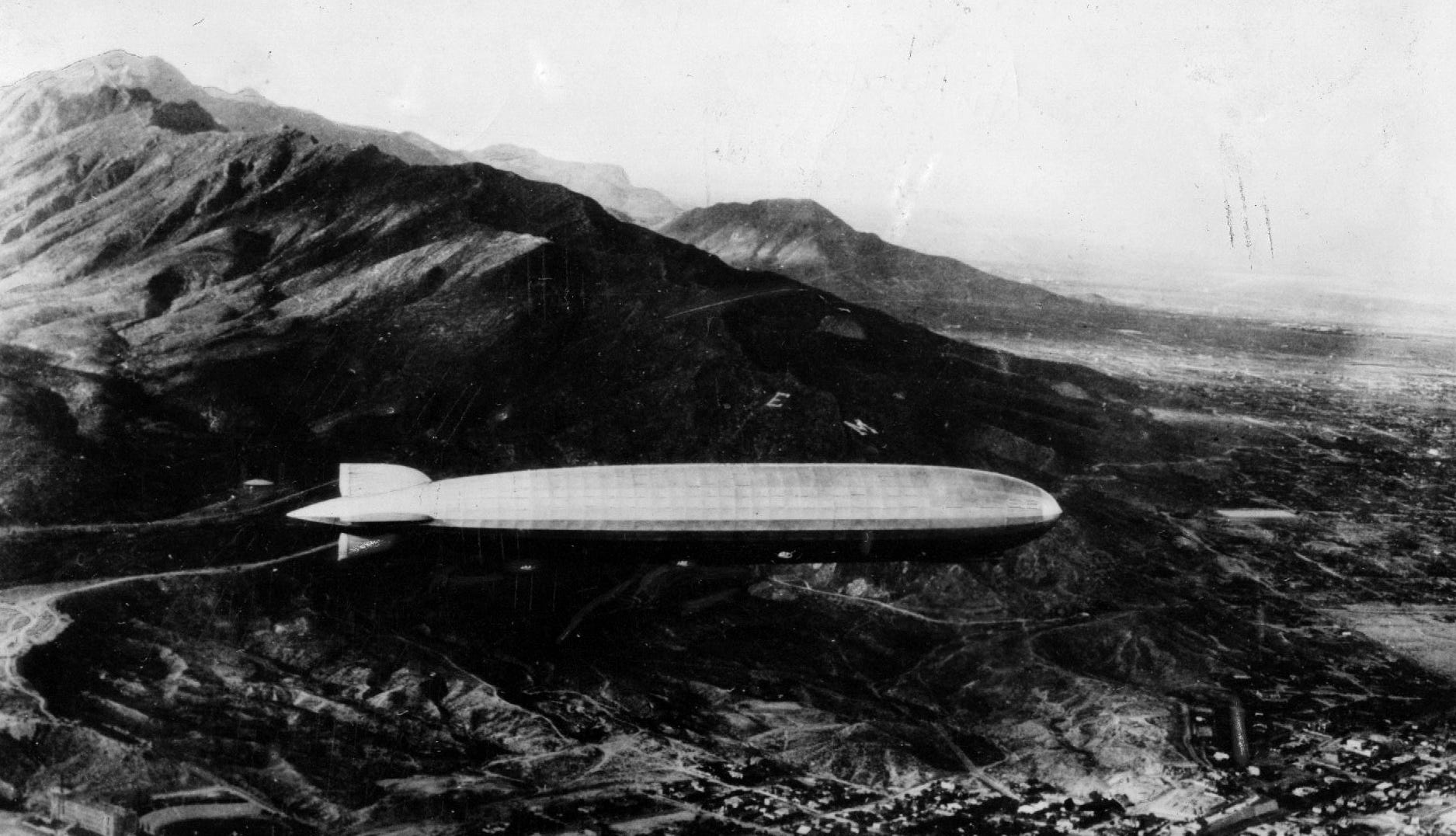 German dirigible, Graf Zepplin, passes over El Paso approximately 5:15 p.m. on 27 Aug 1929, while on a round-the-world flight which took 21 days.