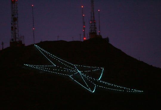 El Paso S Star On The Mountain Originated As Christmas