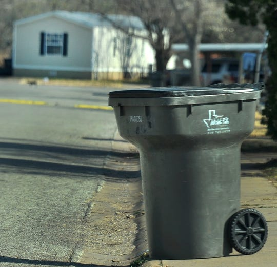 Wichita Falls city council may consider changing waste disposal for some mobile home parks owners.