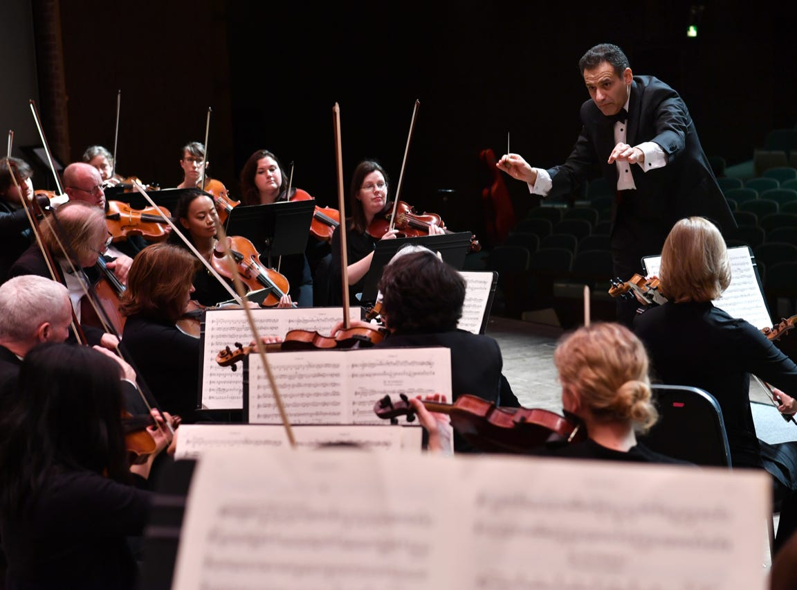 Youthful 'Holiday Celebration': Symphonies combine for Christmas performance