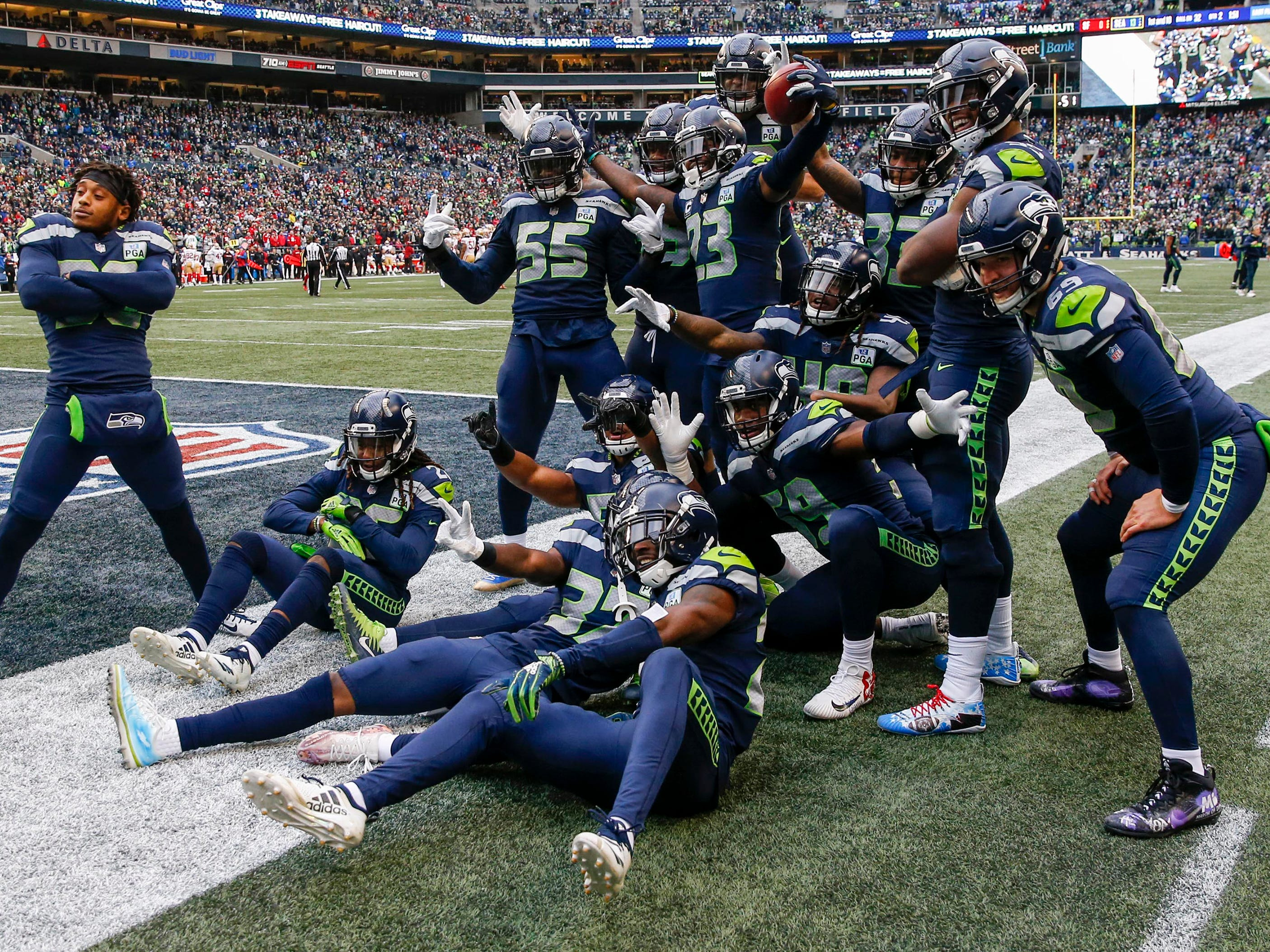 11. Seahawks (12): With three of final four at home (and road game at San Francisco), they're looking like solid playoff bet. Next up, Case Keenum's Broncos.