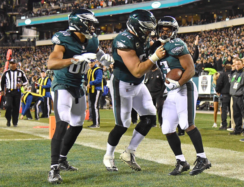 Philadelphia Eagles sloppy, but get big win over reeling Washington Redskins