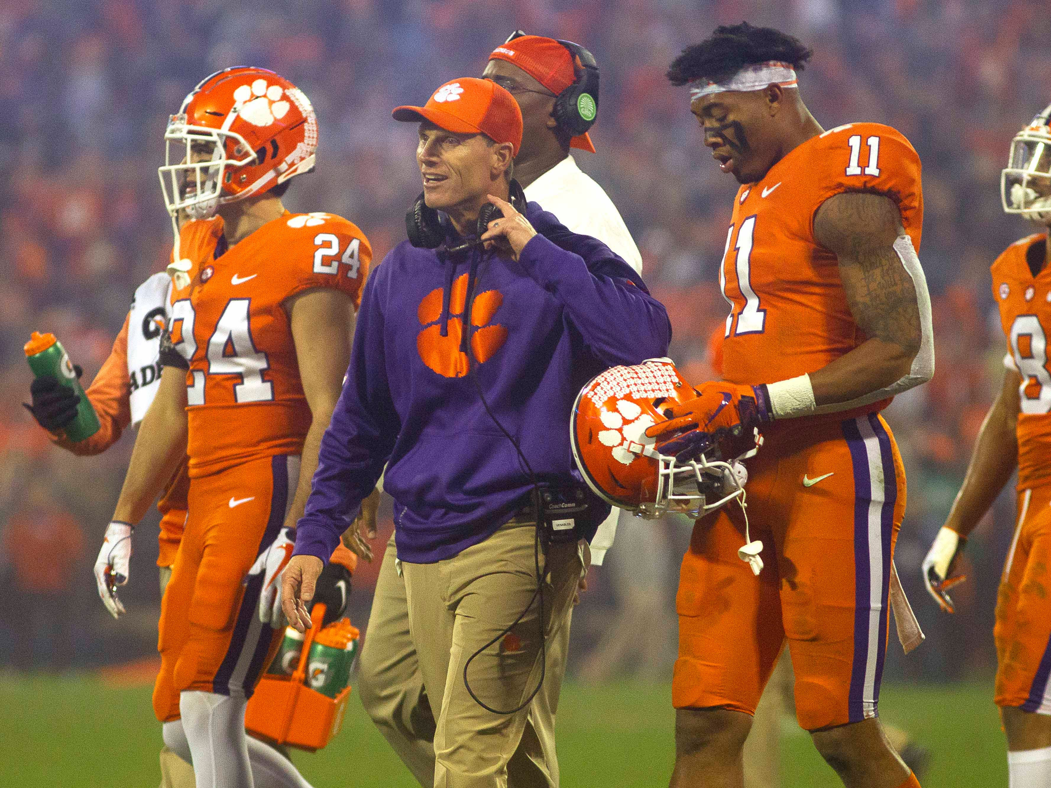 No. 2: Brent Venables, Clemson defensive coordinator: $2,201,500. While LSU's Dave Aranda is making more annually, Venables received a new contract this year that is set to have greater total value -- $11.6 million over five years. The deal also includes up to $100,000 a year in bonuses based on the team's defensive statistical performance.