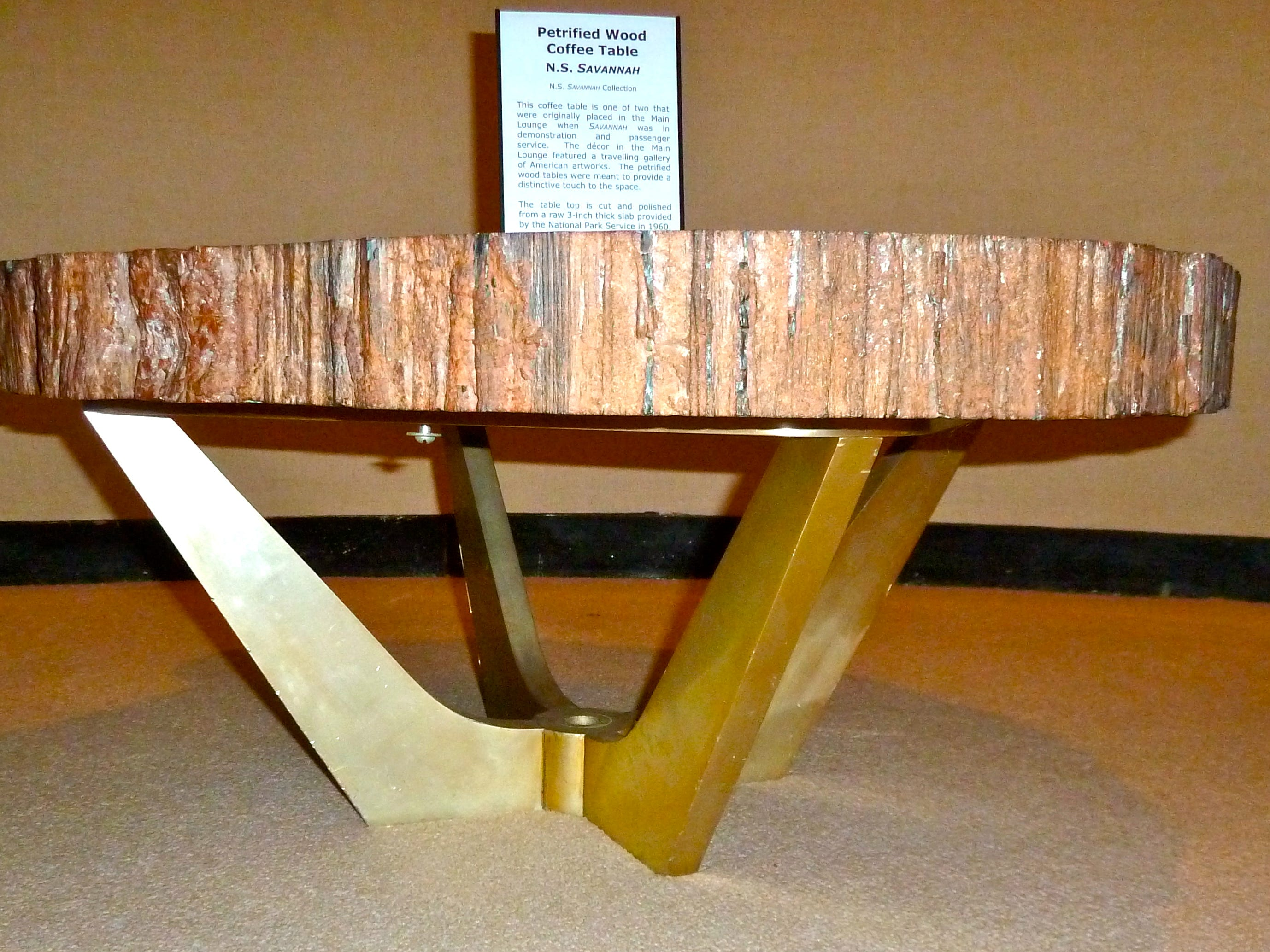A pair of petrified wood-topped coffee tables were selected for the Lounge by the National Park Service in 1958. One is now preserved in the Smithsonian.