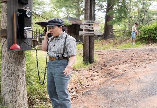 Susie (Alex Borstein) follows Midge to the Catskills, as the show's scope widens in the new season.