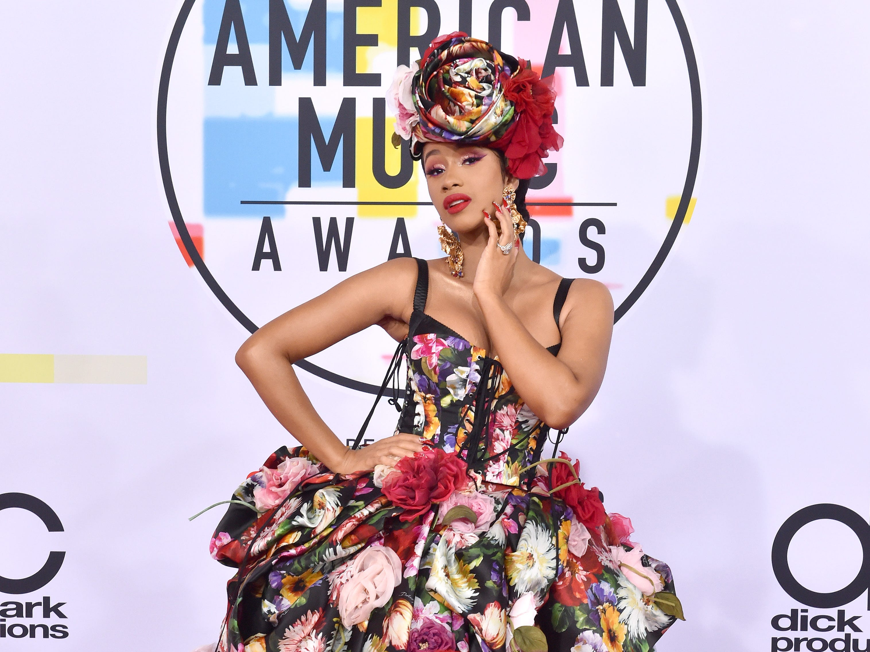 LOS ANGELES, CA - OCTOBER 09:  Cardi B attends the 2018 American Music Awards at Microsoft Theater on October 9, 2018 in Los Angeles, California.  (Photo by Axelle/Bauer-Griffin/FilmMagic) ORG XMIT: 775232724 ORIG FILE ID: 1048526626