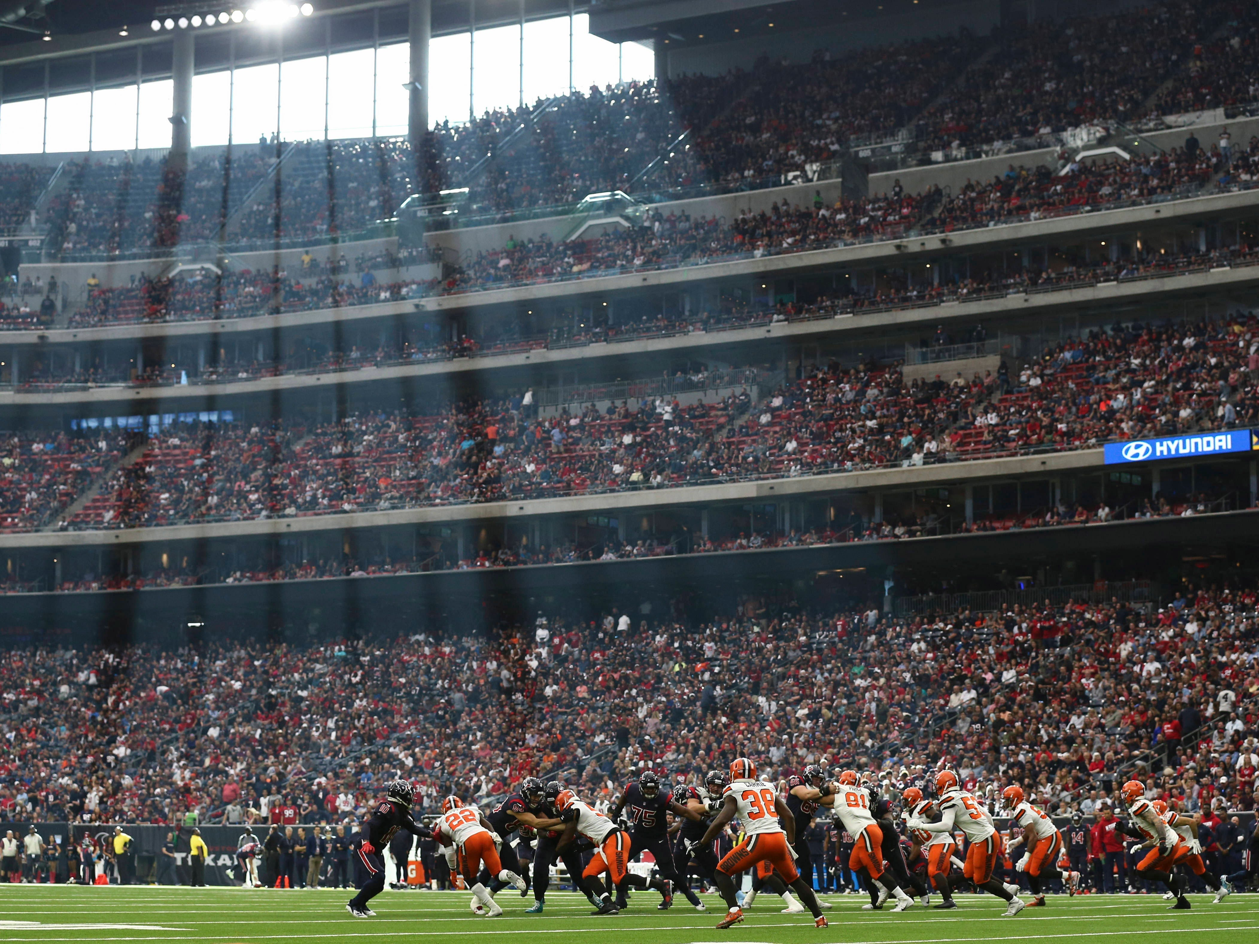 Week 13: The Houston Texans play against the Cleveland Browns at NRG Stadium. The Texans won the game, 29-13.