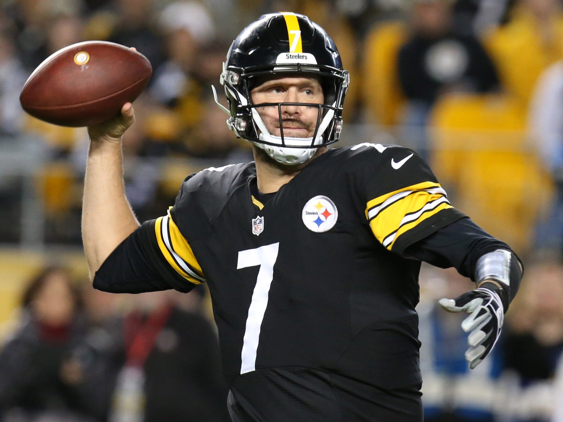 8. Steelers (6): Only Sam Darnold has more INTs than 13 for Ben Roethlisberger, who also missed a lot of open guys Sunday. Rip yourself this time, Big Ben.