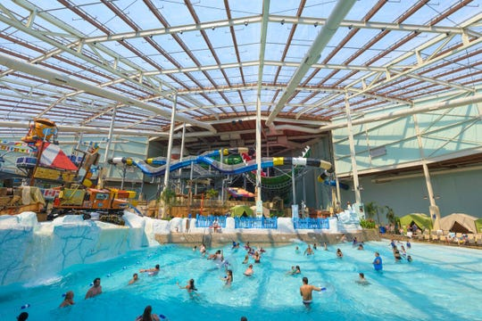 Indoor waterparks in New York, Pennsylvania