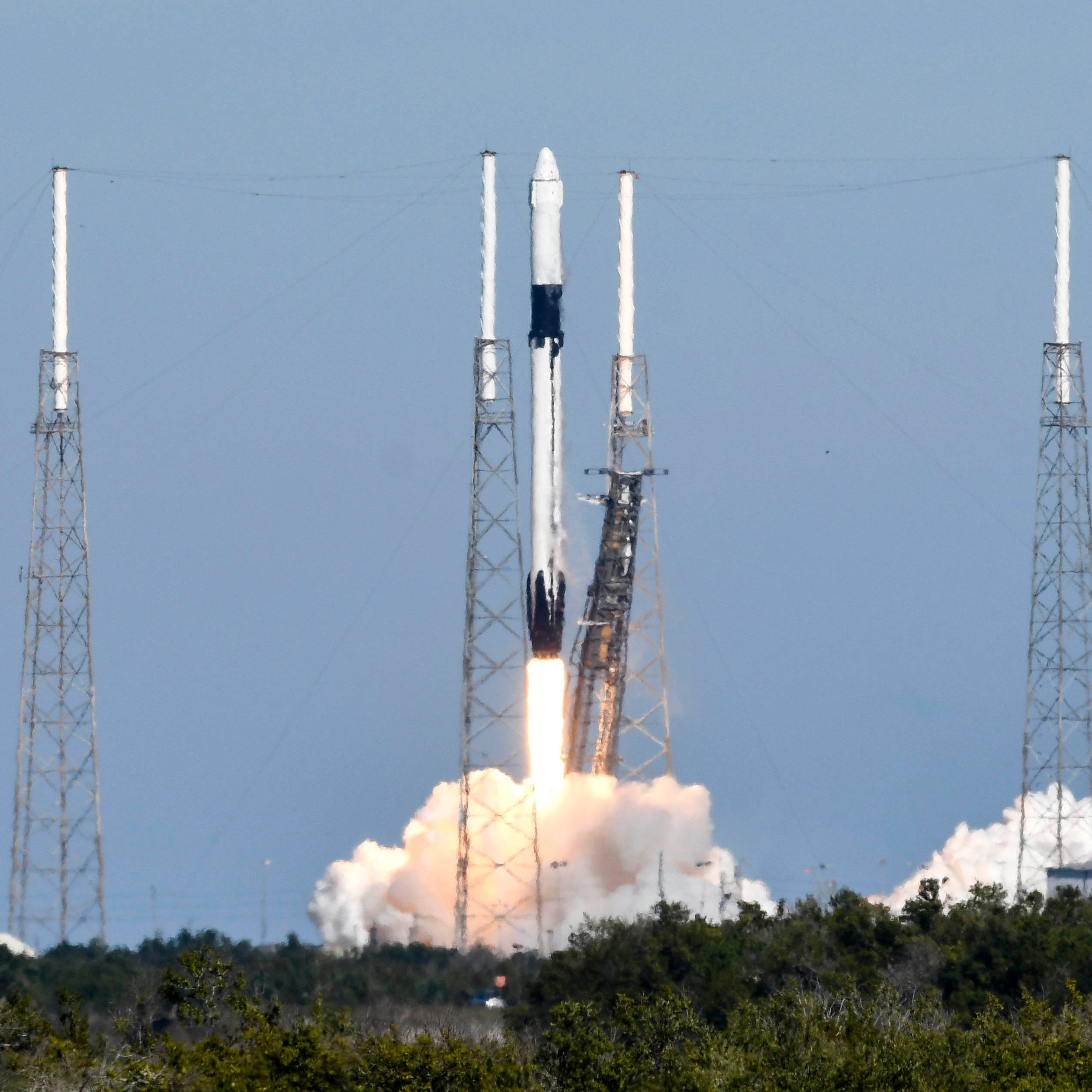 SpaceX Falcon 9 rocket launches Dragon to orbit, but booster lands in ocean