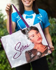 Food delivery company Favor will make deliveries using the Selena H-E-B bags.