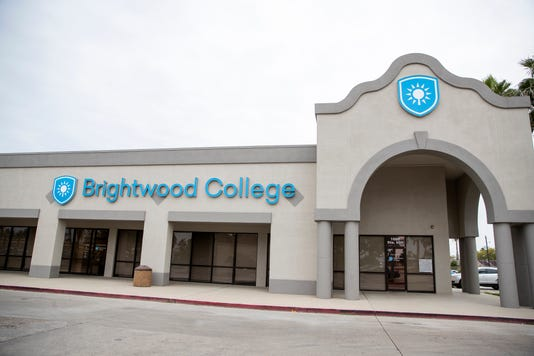 2214778002 Brightwood College03