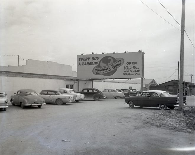 Shoppers World at 4340 Lexington Boulevard in Corpus Christi in January 1959. The store, which had several location, eventually moved to 2833 S. Padre Island Drive. The spot is now home to the Corpus Christi Trade Center.